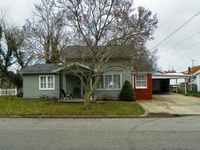 Brookville Single Family Home For Sale: 41 W Third St