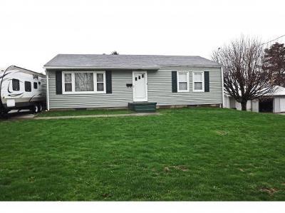 Lawrenceburg IN Single Family Home For Sale: $119,900
