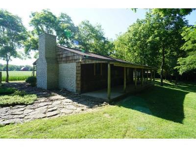 Brookville Single Family Home For Sale: 16070 Feller Rd