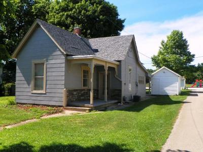 Brookville Single Family Home For Sale: 517 E 8th St