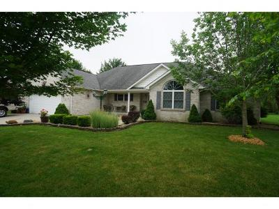 Batesville Single Family Home For Sale: 311 Woodside Ct