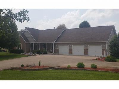 Brookville Single Family Home For Sale: 11151 Brookview Ct