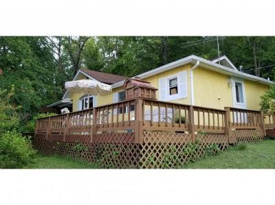 Rising Sun Single Family Home For Sale: 2227 Sr 156