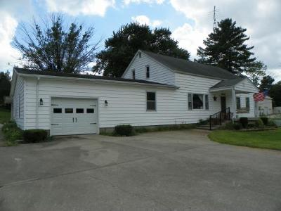 Batesville Single Family Home For Sale: 22202 Hamburg Rd