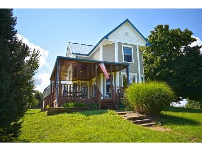 Aurora Single Family Home For Sale: 9091 Mt Tabor Rd