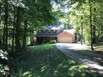 Lawrenceburg Single Family Home For Sale: 2473 Renck Ct