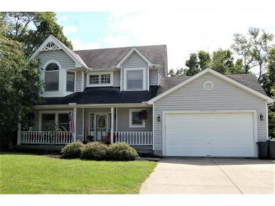 Lawrenceburg Single Family Home For Sale: 1071 Seldom Seen Dr