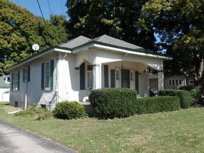 Lawrenceburg IN Single Family Home For Sale: $105,000