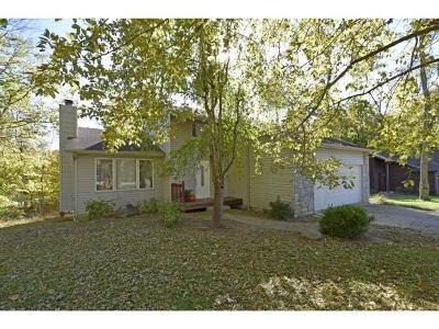 Lawrenceburg Single Family Home For Sale: 1311 Maple Knoll Ct