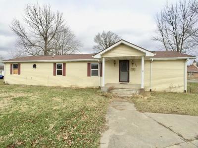 Ripley County Single Family Home For Sale: 438 W Eckert St