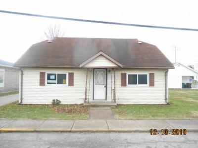 Lawrenceburg, Aurora, Bright, Brookville, West Harrison, Milan, Moores Hill, Sunman, Dillsboro Single Family Home For Sale: 203 Washington St
