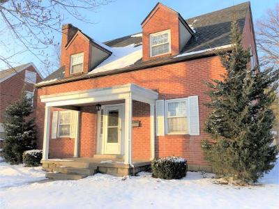 Dearborn County Single Family Home For Sale: 210 Oakey Ave