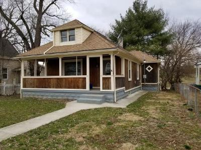 Lawrenceburg Single Family Home For Sale: 549 W High St