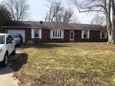Lawrenceburg Single Family Home For Sale: 17469 Hillcrest Dr