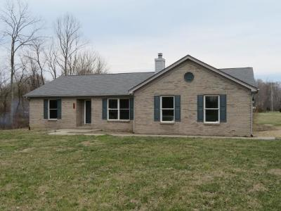 Lawrenceburg, Aurora, Bright, Brookville, West Harrison, Milan, Moores Hill, Sunman, Dillsboro Single Family Home For Sale: 5889 E Cr 800 N
