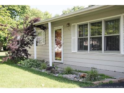 Jackson County Single Family Home For Sale: 161 N Vonda Court