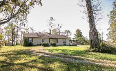 Floyds Knobs Single Family Home For Sale: 2995 Spickert Knob Road