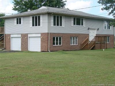 Jackson County Single Family Home For Sale: 6420 S County Road 1025 E