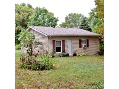 Floyd County Single Family Home For Sale: 1358 Lazy Creek Road