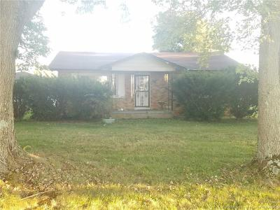 Scott County Single Family Home For Sale: 3674 E State Road 356
