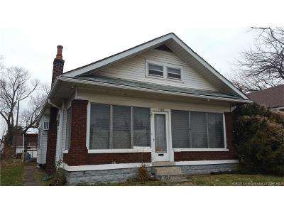 Clark County Single Family Home For Sale: 1105 E 10th Street