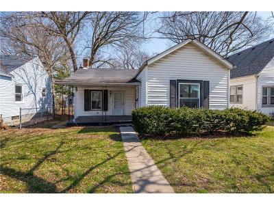 Clark County Single Family Home For Sale: 816 Mechanic