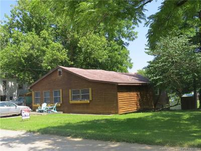 Crawford County Single Family Home For Sale: 706 E 5th Street