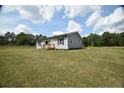 Scott County Single Family Home For Sale: 1815 E Harrod Road