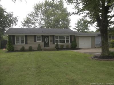Scott County Single Family Home For Sale: 725 Frame Street