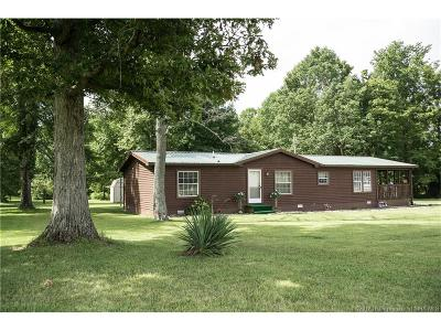 Scott County Single Family Home For Sale: 3662 E State Road 256