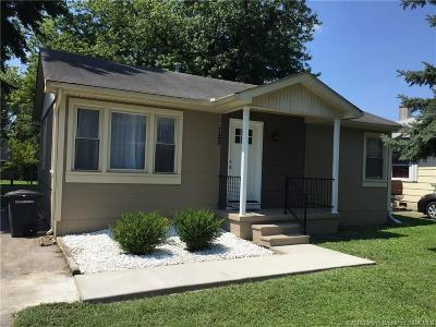 Clark County Single Family Home For Sale: 725 Briscoe Drive