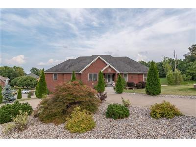 Floyd County Single Family Home For Sale: 304 Wooded Valley Drive