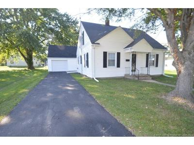 Scott County Single Family Home For Sale: 490 N Meridian Street