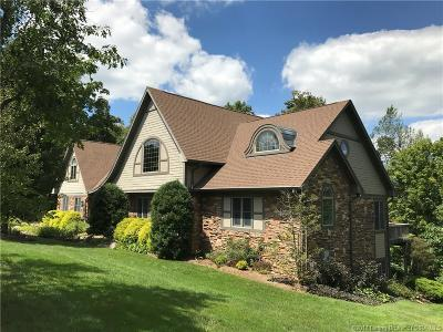 Floyd County Single Family Home For Sale: 6814 Lake Of The Woods Court