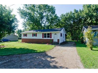 Scott County Single Family Home For Sale: 765 W Bellevue Avenue