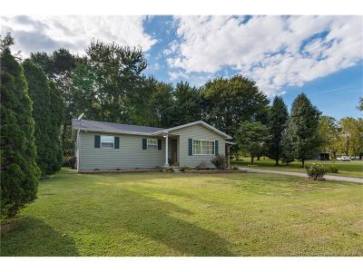 Scott County Single Family Home For Sale: 4835 N Water Tower Road