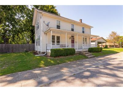 Scott County Single Family Home For Sale: 366 N Main Street