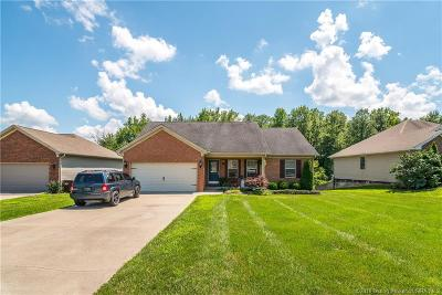 Scottsburg IN Single Family Home For Sale: $229,900