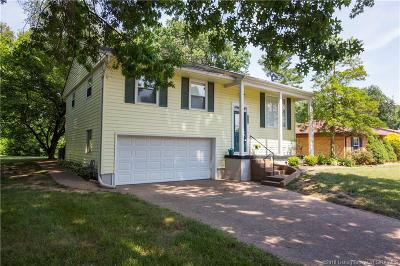 Clarksville Single Family Home For Sale: 1014 Irving Drive