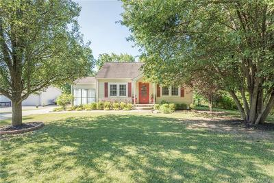 New Albany Single Family Home For Sale: 309 Captain Frank Road