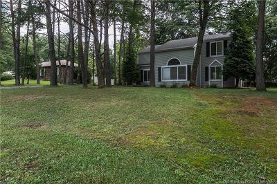 Floyd County Single Family Home For Sale: 1135 Pinewood Drive