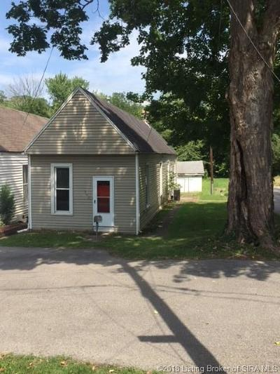 New Albany Single Family Home For Sale: 902 Pine Street