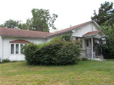 Clark County Single Family Home For Sale: 1011 Howard Avenue