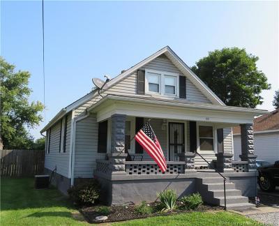 Clarksville Single Family Home For Sale: 113 E Harrison Avenue