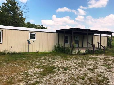 Scott County Single Family Home For Sale: 5017 S State Road 203