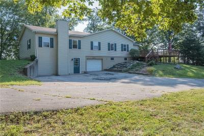 Floyd County Single Family Home For Sale: 232 Kaufer Drive