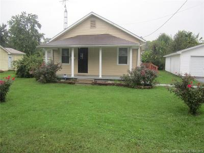 Austin IN Single Family Home For Sale: $65,900