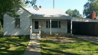 Scott County Single Family Home For Sale: 386 Thomas Street