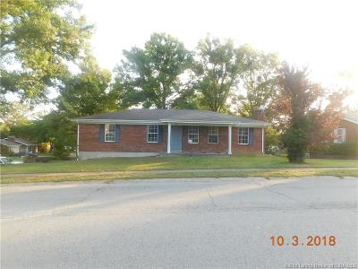 New Albany Single Family Home For Sale: 800 Castlewood Drive