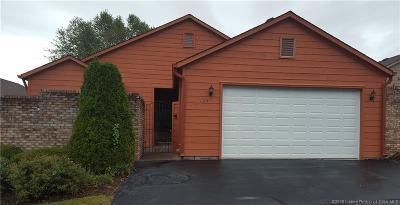 Scottsburg IN Single Family Home For Sale: $205,000
